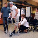 Paraplegia: tornare a muoversi con piccole scariche elettriche
