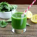 Novità per dimagrire e per ridurre la fame: bevi una centrifuga di spinaci