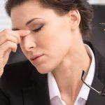 Occhio secco, quali sono i sintomi e quali i rimedi