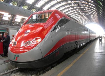 Sale Blu Ferrovie : Viaggiare in treno in carrozzina trenitalia e la sala blu