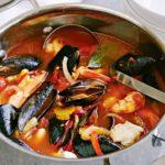 Allerta sanitario, pesce e salsicce contaminate: fate attenzione al carrello della spesa